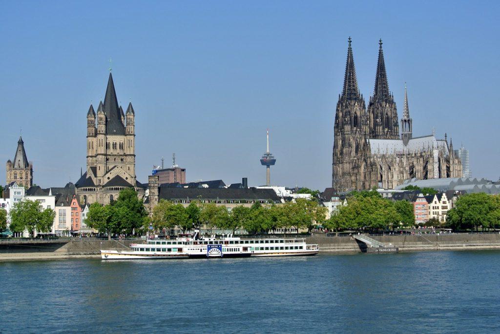 Kölner Rheinufer